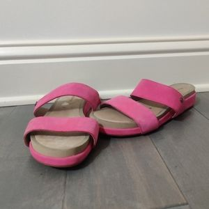 Hush Puppies suede sandals